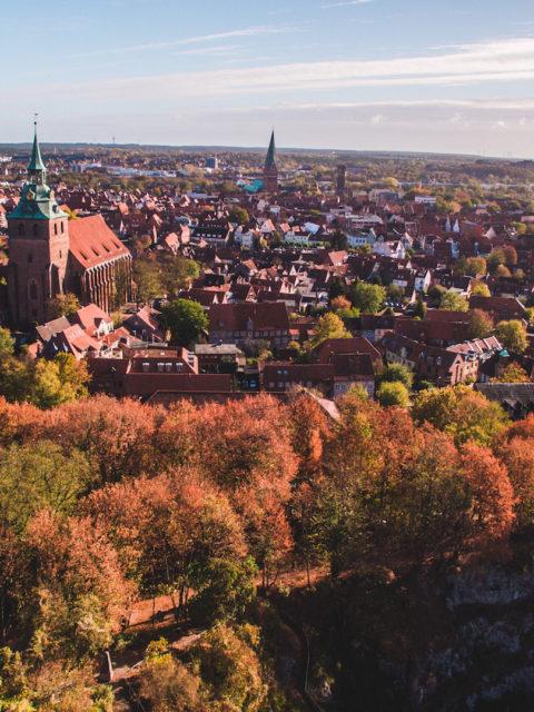 Sallier Immobilien Blick von oben auf die Hansestadt Lüneburg