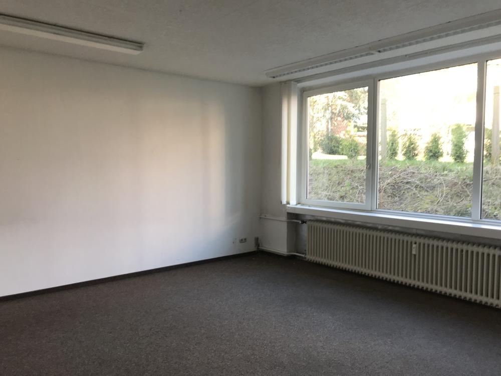 * Büroflächen beim Ilmenau Center * - Büro